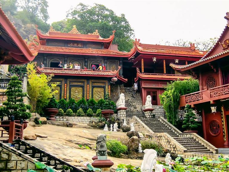 One day at Cave Pagoda (Phuoc Dien Pagoda)